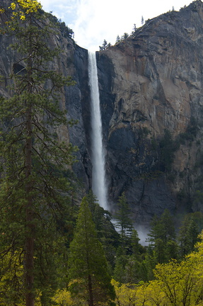 Bridalveil-Fall-Yosemite-2010-05-26-IMG 0904